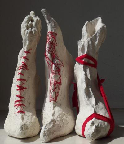 3-chaussures-blanches-et-rouges-Copier